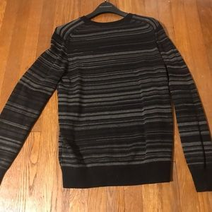 Claiborne sweater